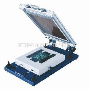 供应结构紧凑的桌上型焊膏漏印机