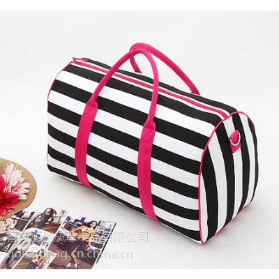 供应青岛旅行包工厂 旅游包定购 帆布行李包厂家订制