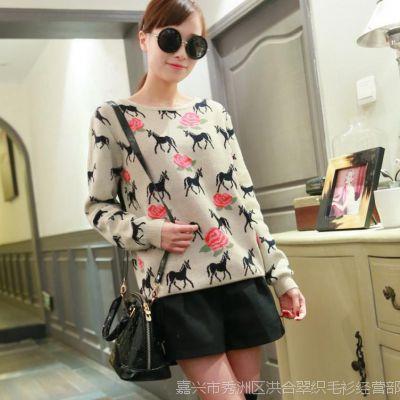 2015秋装新品韩版女装玫瑰花朵小马logo图案宽松针织衫毛衣 批发