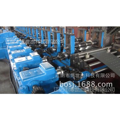 供应出口韩国韩式脚手板钢制踏板船用建筑用钢跳板设备