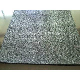 垃圾填埋场用高密度聚乙烯土工膜(普通糙面膜),厚重之选