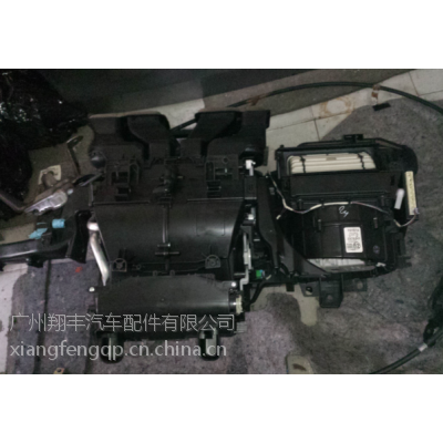 丰田塞纳拆车蒸发箱总成,丰田塞纳蒸发箱总成,丰田塞纳拆车件