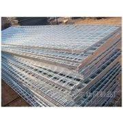 供应供应钢格板,钢格栅板,沟盖板,洗车房格栅,电厂用钢格板,楼梯踏板
