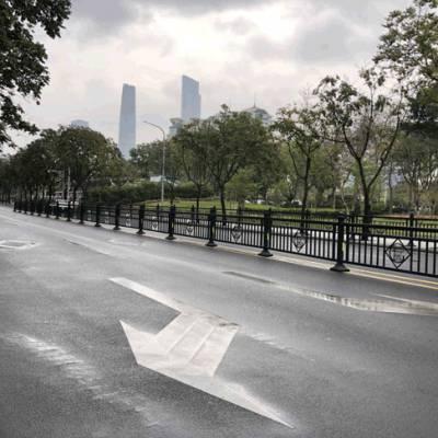 珠海小区人车分流围栏 马路中间护栏价钱 中护钢材