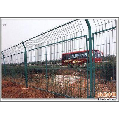 供应高速公路防护栅栏价格|道路隔离网规格|边框护栏网价格
