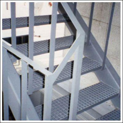 供应格栅板专业制造商全天供应热镀锌钢格栅板 金属钢格栅板