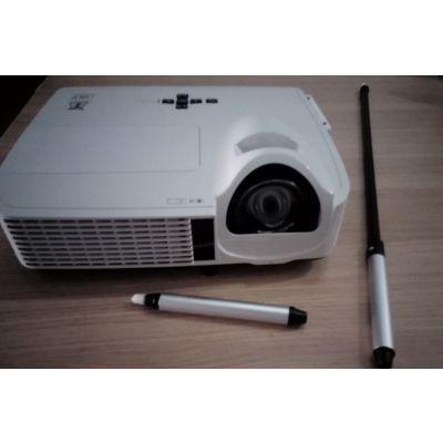厂家TACTEASY供应 短焦交互式投影机,交互式短焦投影机,互动投影机