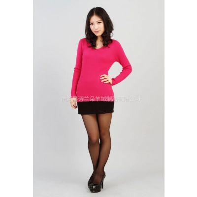 供应2012秋冬装新款女士抽条V领套头羊绒衫 针织打底衫毛衣外套女包邮
