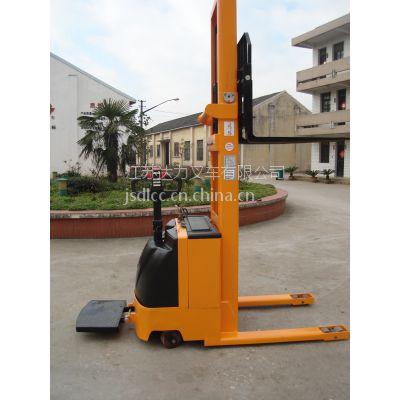 厂家优惠供应站立式全电动堆高车CTD1.0-1.6载重1度鞥撒个1.6米