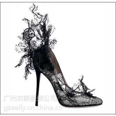 优雅女人必备的黑色蕾丝高跟鞋