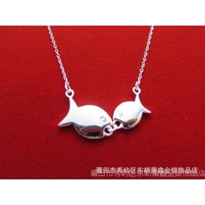 新品推荐 时尚韩版双鱼项链 亲嘴鱼女士银饰项链 爱情银项链