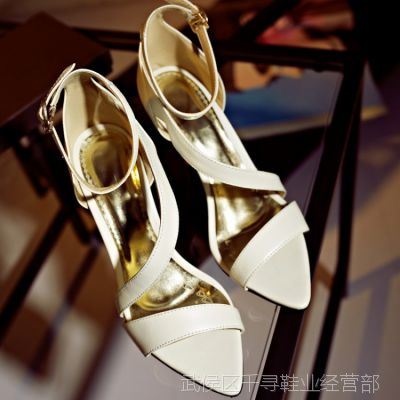 韩版新款真皮高跟浅口水钻细跟宴会尖头单鞋春秋细带组合女凉鞋