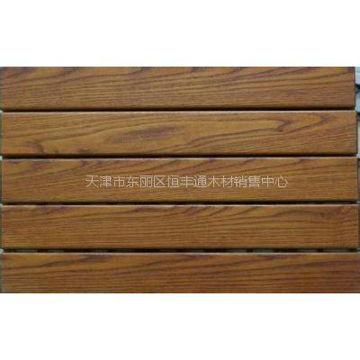 恒丰通安装 防腐木地板围栏廊架