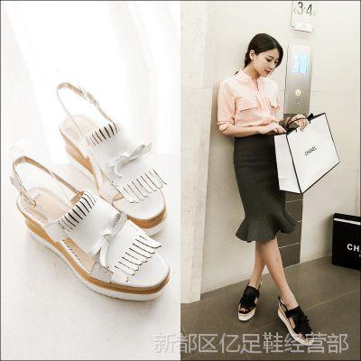 2015春夏季韩版款时尚休闲舒适皮带扣坡跟高跟女凉鞋女鞋批发