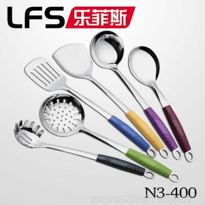 3厘彩色组合尼龙柄不锈钢厨具 厨房生活用品小工具揭阳厂家批发