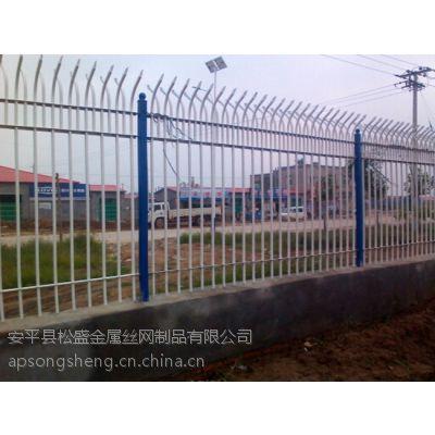 供应包头锌钢喷塑养殖场护栏网 府谷热镀锌不锈钢建筑工程护栏