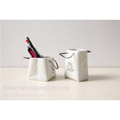 创意礼品笔筒,创意陶瓷笔筒专业定做厂家