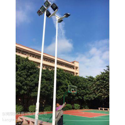 广东东莞康腾体育篮球场灯杆批发 篮球场照明灯杆配200瓦led灯具 环保耐用