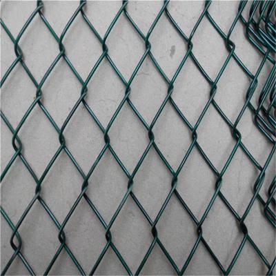旺来体育场地围栏 羽毛球场护栏网 包塑勾花网批发