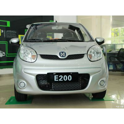 供应江铃E200舒适型带导航三元锂电池家用电动汽车