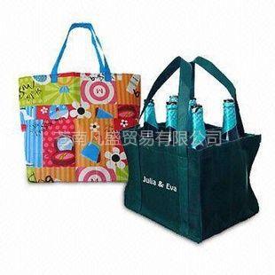 供应无纺布袋  全球包装中心 手提袋 服装包装袋