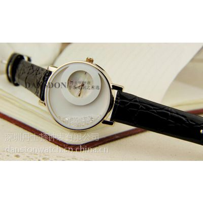 正品时尚女士防水学生石英表可爱时装女孩腕表