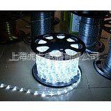 供应超高亮度LED灯带 LED 白色3528贴片防水 软灯条 60灯/米特价