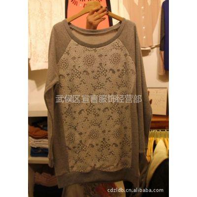 供应韩国东大门女装 拼贴蕾丝花宽松长袖女式T恤打底衫 2C32