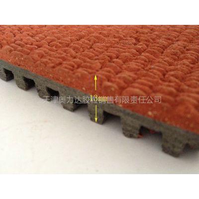 供应昆明 室外球场橡胶卷材运动地板