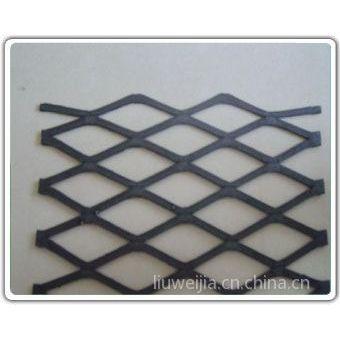 供应新疆地区重型钢板网/艾昌红漆钢板网批发商