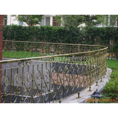 供应金山区部分装修公司配套热镀锌铁艺栏杆大门铁艺防盗窗