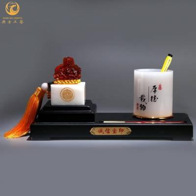 金鸡报喜文具台,北京生肖活动礼品,商会活动纪念品,开业庆典办公摆件|典士