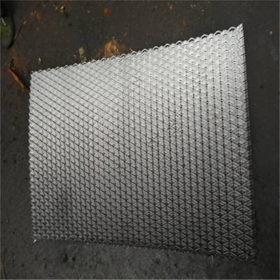 安平旺来供应钢板网护栏 钢板网系列 钢板网护栏规格