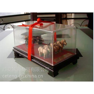 供应西安北郊原大铜车马 西安特色纪念品批发 铜车马纪念品