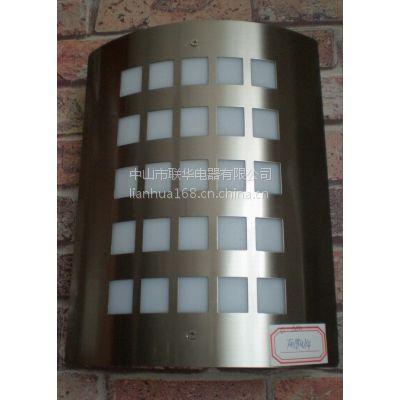 CVMA厂家直销 新款F018系列LED壁灯户外阳台防水防尘 现代简约庭院灯具灯饰