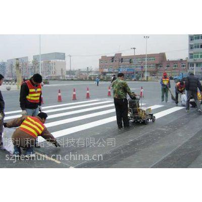 宝安划线厂家承接停车场标线,小区通道划线,工厂车位划线