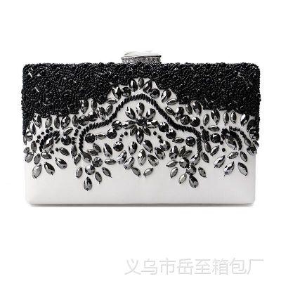珍珠镶钻晚宴包手拿串珠新娘包花朵链子手机包