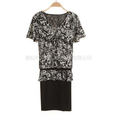 供应2013新款女装时尚连衣裙批发 成都女士短袖t恤可爱卡通印花女式T恤衫批发