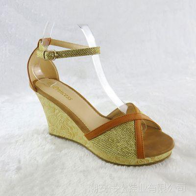 外贸大码包跟女鞋鱼嘴凉鞋女新款平底坡跟女欧美一字扣女式高跟鞋