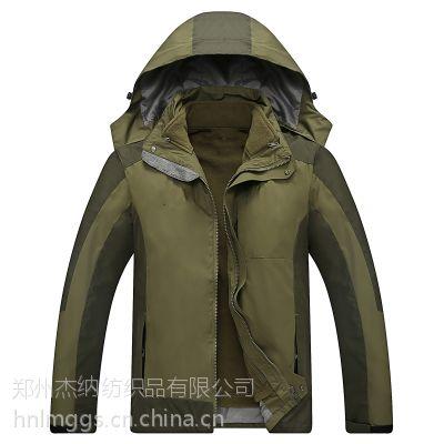 郑州冲锋衣定制空白无标可以印字印公司LOGO