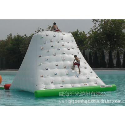 供应供应PVC材质,水上冰山,水上娱乐产品