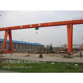 山东鲁起专业生产安装龙门吊 可定制加工所需要规格型号