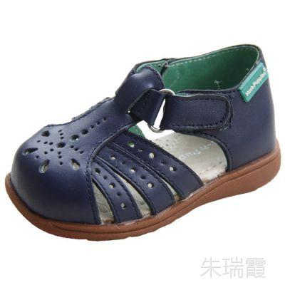 美国大牌瑕步士童鞋真皮包头凉鞋镂空春夏皮鞋男宝宝凉皮鞋1-3岁