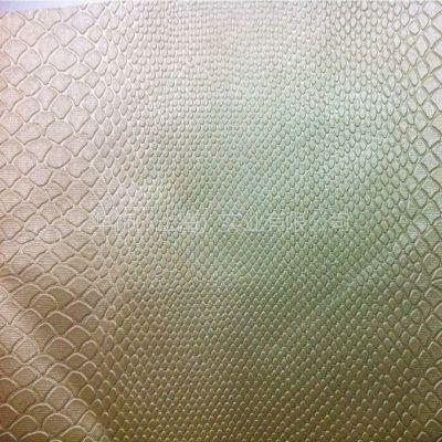 厂家供应软包装饰人造革 拉丝蛇腹纹***流行装饰元素皮革