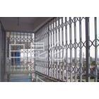供应铁艺栅栏,铸铁围墙