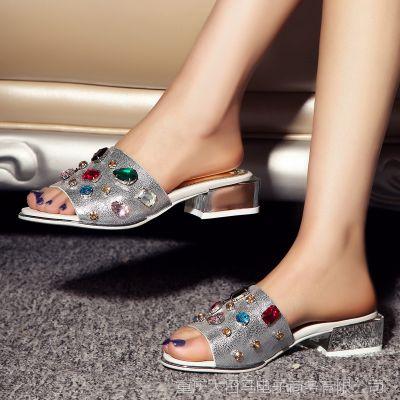 2015夏季新品真皮韩版女式凉拖七彩水钻中跟粗跟拖鞋大码DTN-866