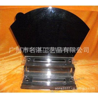 供应广州有机玻璃高档化妆品展示架 亚克力产品销售架