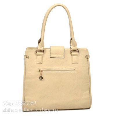 中国女包工厂定制加工款款秀时尚女包(2320)