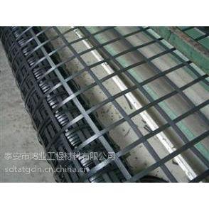 鸿业双向塑料土工格栅在生产过程中的工艺选择