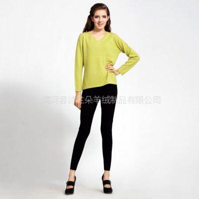 供应2012秋冬装新款女式V领套头羊绒衫 针织外套 针织打底衫 2012毛衣